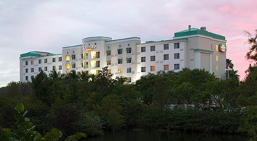 Courtyard by Marriott Fort Lauderdale Airport/Cruise Port